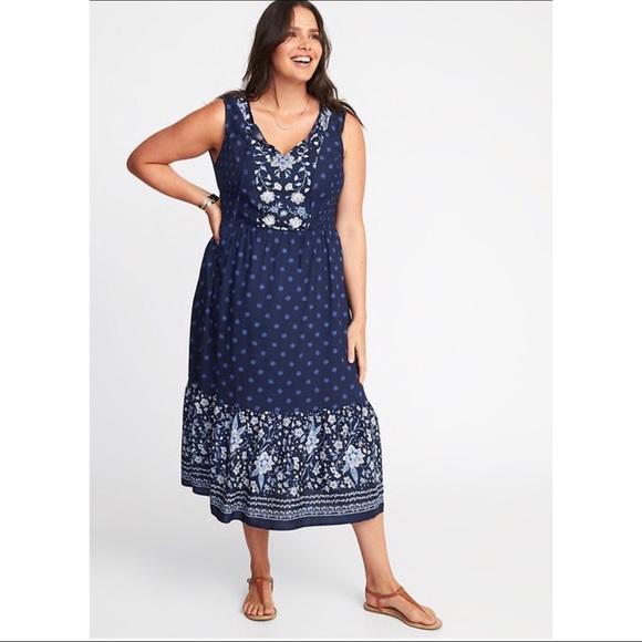 a082a84c4b0d Sale💕Plus-Size Smocked Fit   Flare Midi Dress